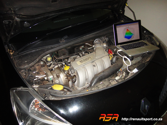 Custom engine calibration on all Renault Sport cars